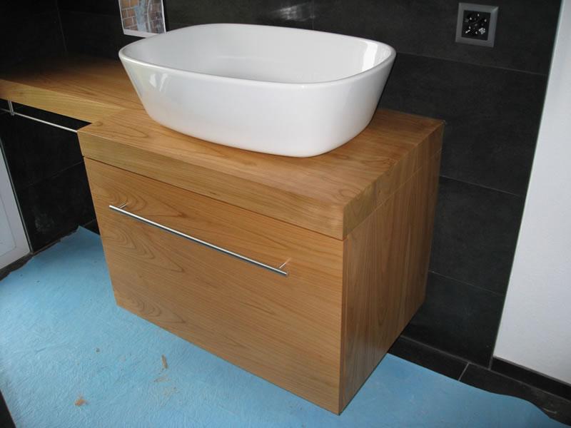 massivholzm bel einzelst cke und produkte aus massivholz. Black Bedroom Furniture Sets. Home Design Ideas