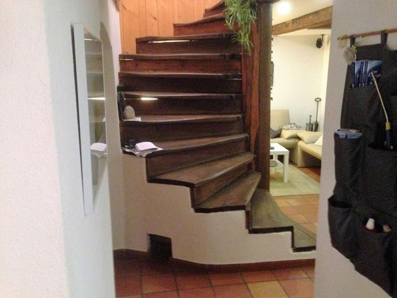 individuelle treppen aus holz. Black Bedroom Furniture Sets. Home Design Ideas